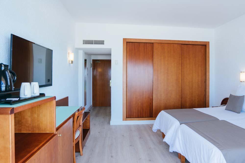 Al-Cid-Zimmer-2-Room1